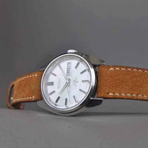 Cinnamon Suede Serie on Seiko.Price: $65 – IDR 650.000